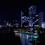 神楽坂カナルカフェ、ライトアップしたデッキサイドでひとり夜カフェ