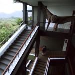 ジャングルと湖を望むオープンエアーのリゾートホテル、スリランカのヘリタンス・カンダラマ