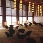 ホテルオークラ東京の顔、メインロビーで感じる居心地のいい和の空間