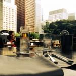 パレスホテル東京でリゾート気分が味わえる、グランドキッチンのテラス席