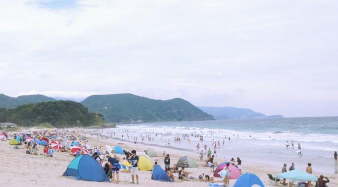 白い砂浜と海を眺めに、伊豆の下田へドライブ