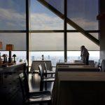 景色は空だけ、パークハイアット東京のニューヨークグリル